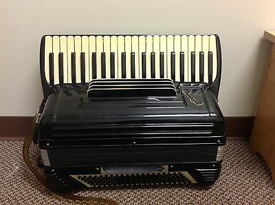 "Pancordion Crucianelli 19"" Accordion With Case LMH 1950's 1960's Black"