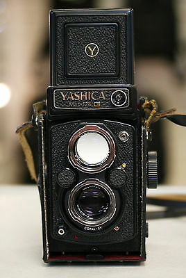 *Excellent condition* Yashica Mat 124G Medium Format 120 TLR