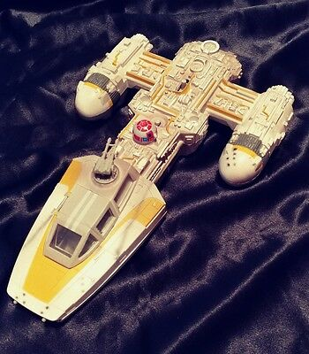 1999 Star Wars The Power of the Force yellow Y-Wing Fighter Toy Vehicle
