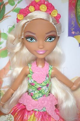 Ever After High Doll Nina Thumbell NEU OVP