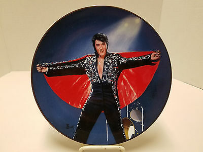 Elvis Presley Collector Plate 'In the Spotlight Hawaii 1972' Limited edition COA