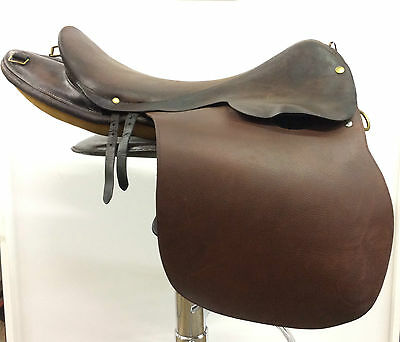 Authentique  selle Hermès / Authentic saddle Hermès