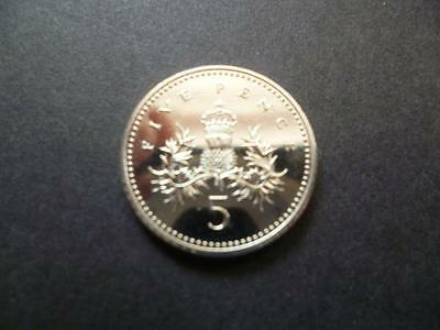 1994 Brilliant Uncirculated Five Pence Piece. 1994 Uncirculated 5P Coin.