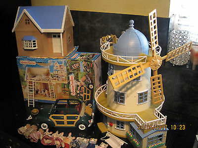 Vintage Sylvanian Families Field View Mill,green Car, Bramble Cottage +Figures