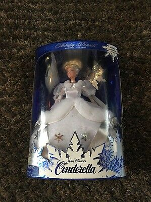 New Unopened Walt Disney Cinderella Barbie Doll 1996 Holiday Princess