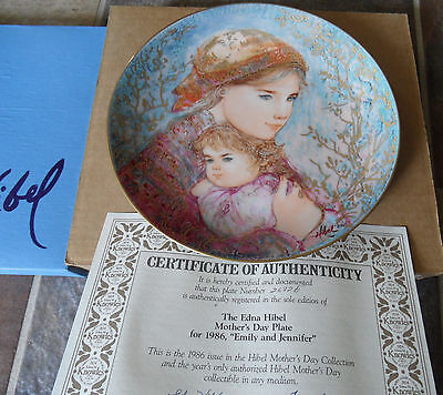 Lot of 5 Edna Hibel Mother Day's Plate Collection 1986-1990. NIB w COA