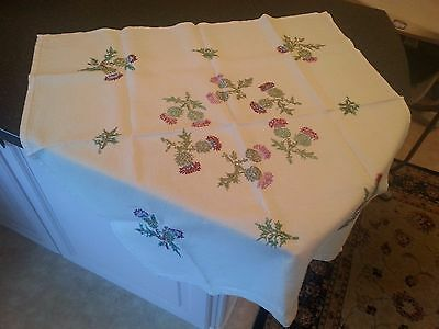 "VINTAGE HAND EMBROIDERED Scottish Thistle Cream table cloth 32"" x 32"""