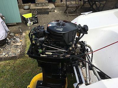 Mercury 25HP Electric Start 2-Stroke Long Shaft Outboard & Remotes