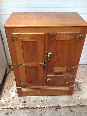 Antique Oak Ice Box 3 Door Plus Flapper Door For Drain Pan. Excel. Shape