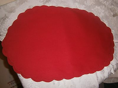 4 VTG Oval Scalloped Madeira Red Place Mats NWT