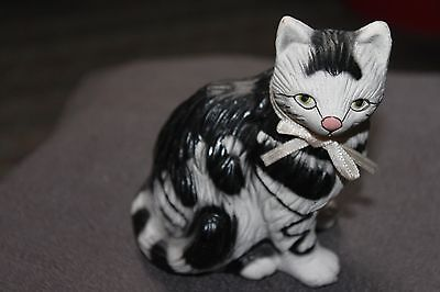 "Vintage 4"" Black And White And Blue Textured  Ceramic / Porcelain Cat,  LOOMCO"