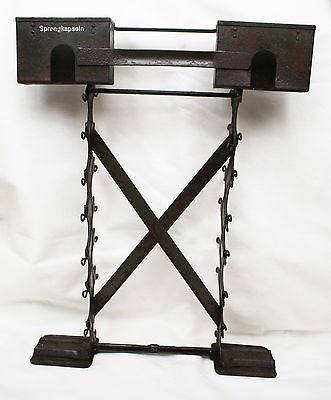 WW2 german ORIG.transport RACK for  m 24 99% orig paint, letters