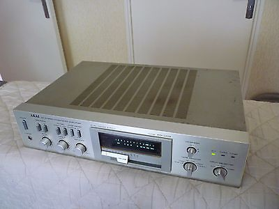 "Stereo amplifier ""AKAI"" AM-U03 / Worldwide shipping"