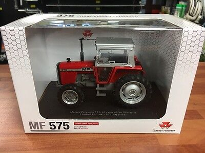 Universal Hobbies 1976 Massey Ferguson 575 4WD Tractor Scale 1/32 Limited Ed