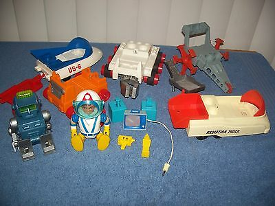 Vintage Lot of Billy Blastoff & Robbie Robot Space Vehicles & Accessories