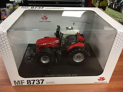 Universal Hobbies Massey Ferguson 8737 Scale 1/32 Toy Tractor 04231