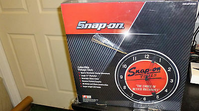 Snap on clock Snap-On Tools Collectible Vintage light up clock Brand new!!