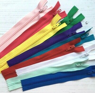 10 x NYLON ZIPS / Bundle of BRIGHT Colours / 6 Sizes Available * SALE 15% OFF! *