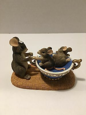 Charming Tails Fragile---Handle with Care 89/601 Dean Griff NIB