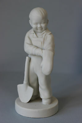 Old Jingdezhen Chinese Porcelain Biscuit figurine figure statue Boy with Shovel