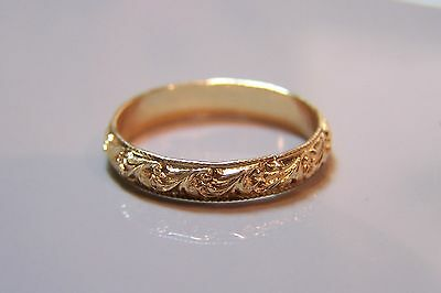 Yellow Gold filled ART DECO VINTAGE antique pattern band ring in size 8 AAA
