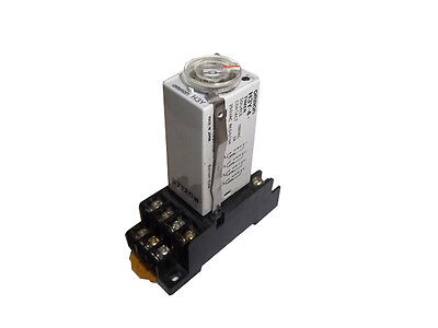 Omron H3Y-4, 100VAC/3A, 250VAC resistive, solid state timer