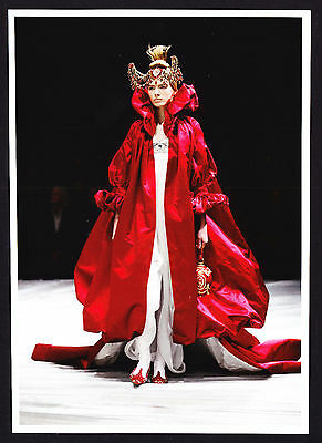 Fashion Design Alexander McQueen Red Silk tafetta tulle V&A Modern Postcard PC
