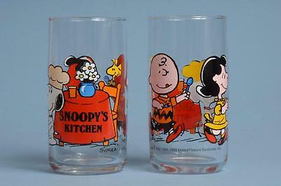 Vintage Peanuts Snoopys Kitchen Glass Charlie Brown Lucy Drinking Glasses  Set 2