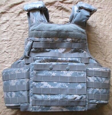 Us Acu/ucp Releasable Personal Armour Vest With 3A/iiia Kevlar Inserts. Medium.