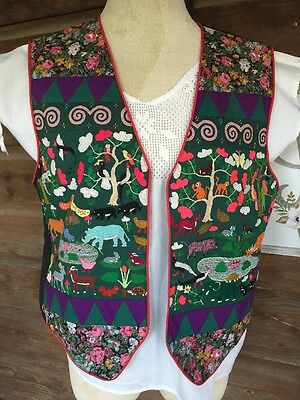 VINTAGE Embroidered Animals Mexican/Guatemalan Vest 34/36 Ethnic Boho Hippie
