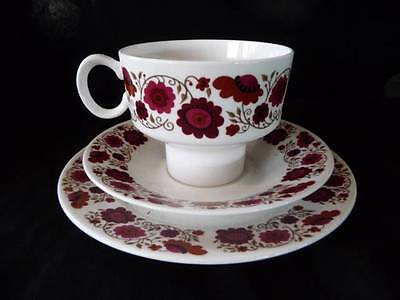 Ridgway Retro Cup Saucer & Plate  ' Carissima ' Gr8 Trio Floral