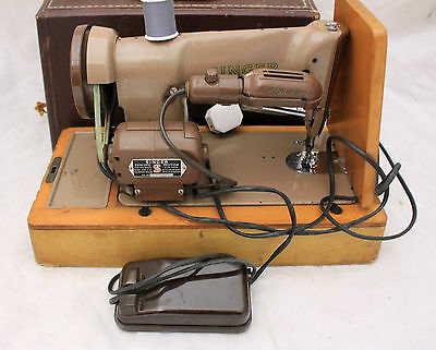 SINGER Heavy Duty 185K Electric Sewing Machine with Case - 215
