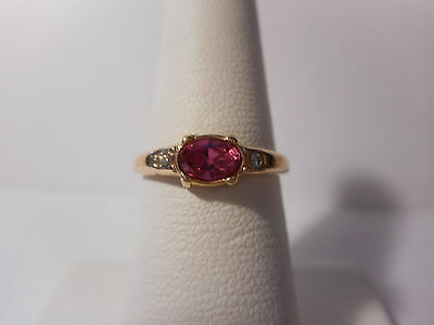 Avo Pink Stone Gold Tone Band Ring Size 7 Vintage 1980s