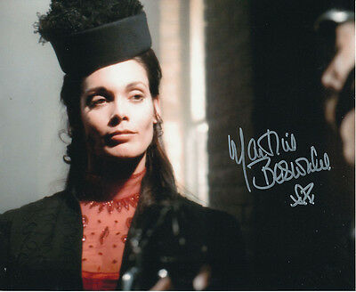Martine Beswick In Person Signed Photo - Dr Jekyll & Sister Hyde - AG480
