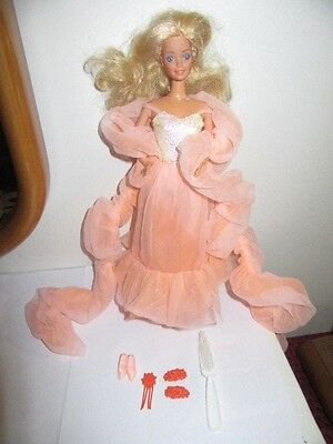 Barbie Fiori Di Pesco Peaches And Cream Superstar Mattel