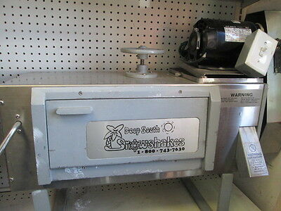 SnoWizard 115V Commercial Snow Cone Machine PD6006