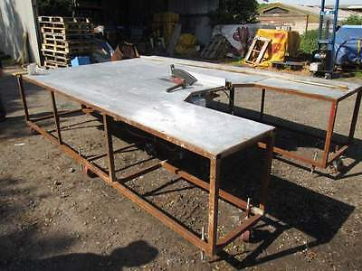 VERY LARGE SAW TABLE - WITH 3 Phase SAW  +  DUST EXTRATION BAGGED UNIT  240 volt