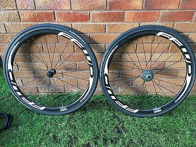 Fast Forward F4R Full Carbon Clincher wheelset white decals Shimano 10/11 speed