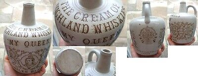 My Queen    Jubilee Blend Cream Of Highland Whiskies Queen Vic Pict   Whisky Jug