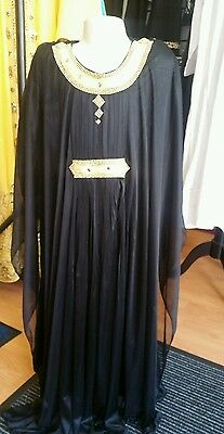Reduced!!! Kids Islamic Dubai Farasha Abaya in black, sizes 24, 26,28,