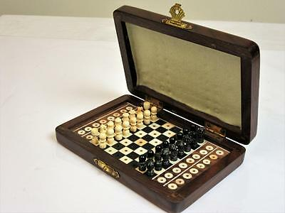 VINTAGE MID 20th CENTURY CARVED INDIAN TRAVEL CHESS SET