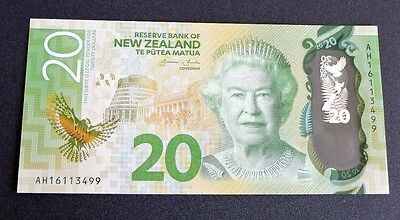 NEW ZEALAND 2016 $20 Dollars  UNC POLYMER Banknote QUEEN ELIZABETH AND EAGLE