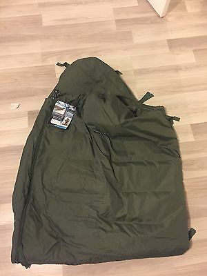 Genuine British army sleeping bag cold arctic camping/ hiking/ snow  *BRAND NEW*