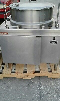 Market Forge Direct Steam Tilting Stainless Steel Jacketed Kettle MT40 40 Gallon