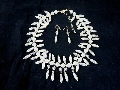 Fancy LUCITE BEAD DEMI PARURE SET: NECKLACE & EARRINGS