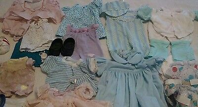 Cabbage patch dolls and clothes lot