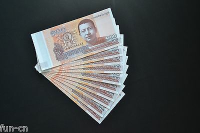 Cambodia 100 Riels 2014. P-65. UNC. 10PCS Consecutive sequence numbers.