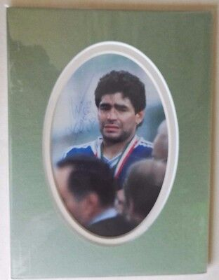 """DIEGO MARADONA -  WORLD CUP WINNER ORIGINAL SIGNED MOUNTED PICTURE 8"""" x 6"""""""