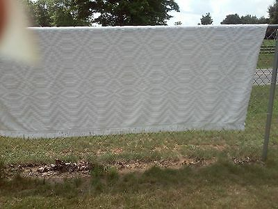 """Vintage White Hob Nail Chenille Bedspread 113"""" x 86"""" Full Or Double NICE!!"""