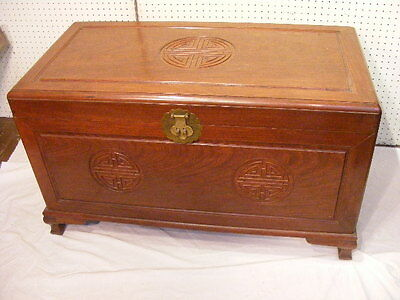 OLD CHINESE CAMPHORWOOD TRUNK Lot 317